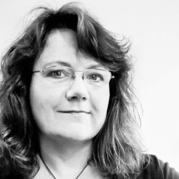 Dr Anna Potter